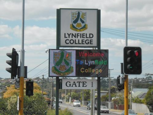 Electronic Digital LED Sign Lynfield College