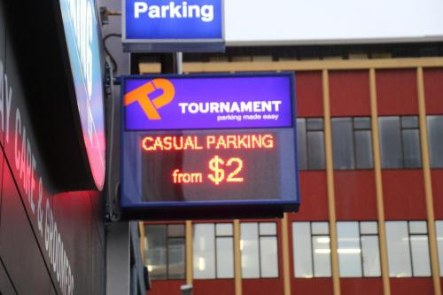 Electronic Digital LED Sign Tournament Leftbank