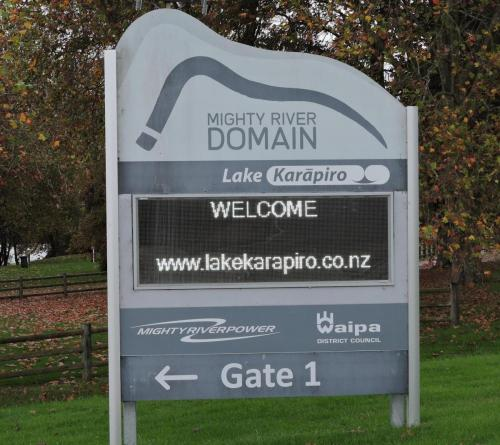 Electronic Digital LED Sign Mighty River Karapiro